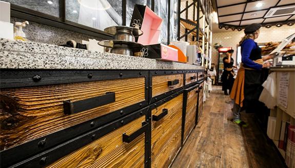 bancone negozio alimentare in pietra