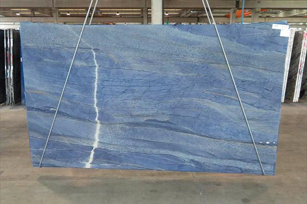 lastra granito azul macaubas