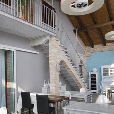 scale in pietra di luserna per interni