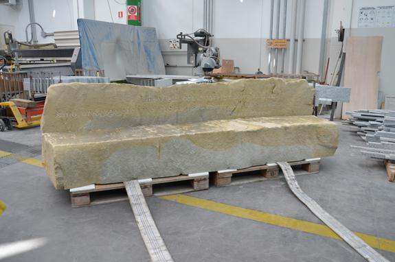 realizzazione panca in pietra langa