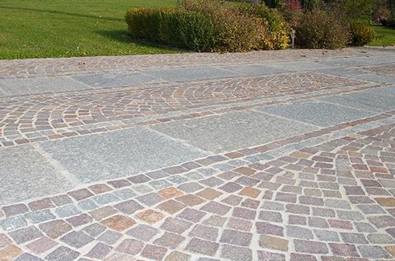 pavimenti esterni cubetti porfido lastre pietra luserna