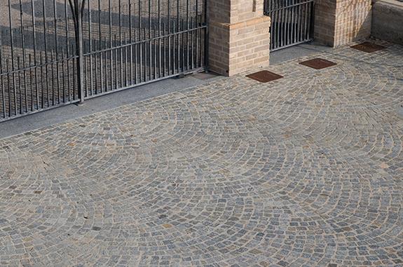pavimentazione esterna pietra di luserna