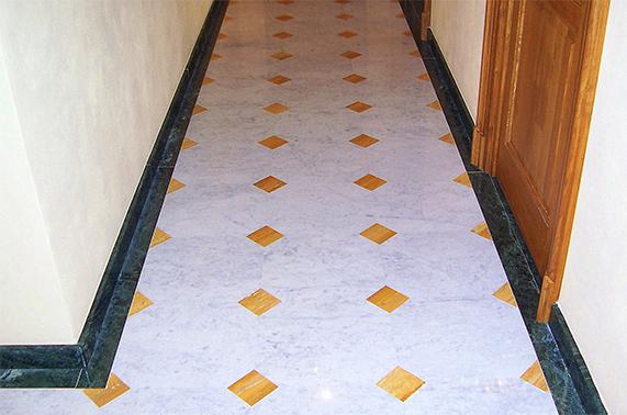 pavimenti interni corridoio marmo
