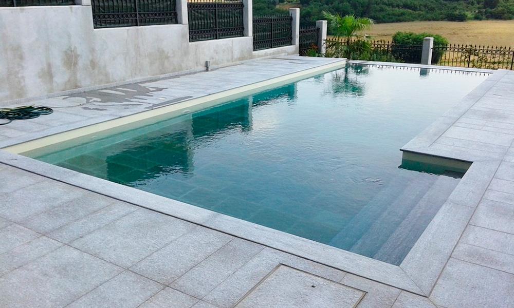 Pavimenti in pietra per piscine pavimentazioni e bordi - Ipoclorito di calcio per piscine ...