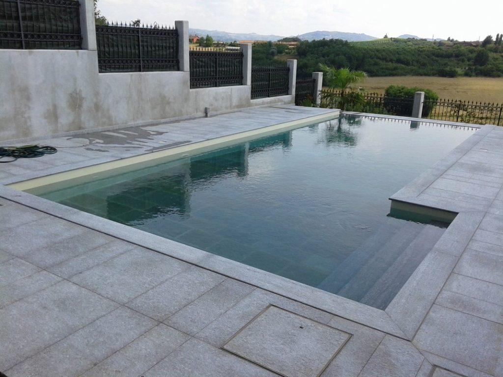 Pavimenti in pietra per piscine pavimentazioni e bordi piscina