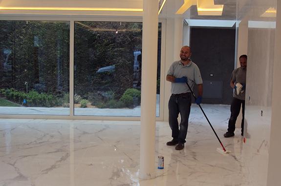 Pulizia professionale pavimenti in marmo e granito