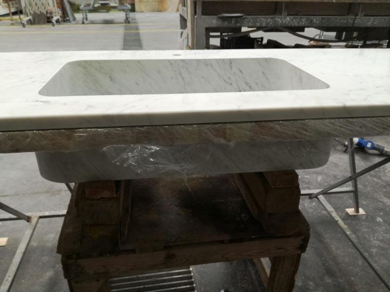 piani top cucina in marmo