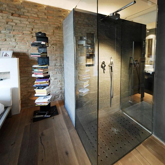 bagno moderno in pietra