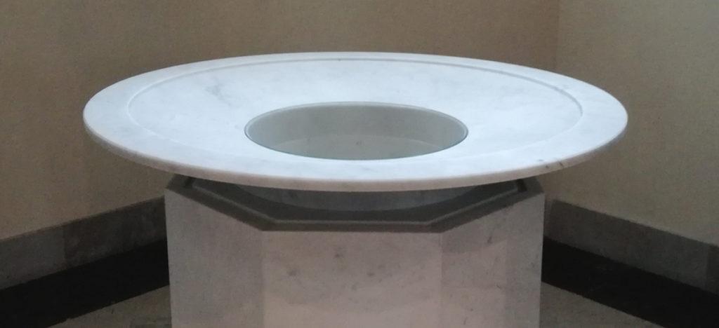 realizzazione fonte battesimale in marmo - progetti canalmarmi
